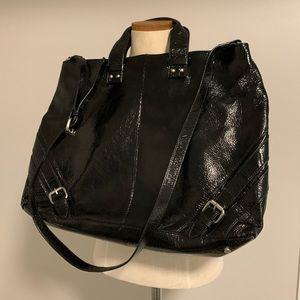 Kenneth Cole large patent leather purse traveller